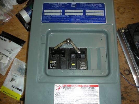 Charging System - Breaker Box w/mechanical interlock - CasaDelGato